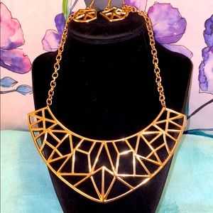 Paparazzi Gold Necklace Set